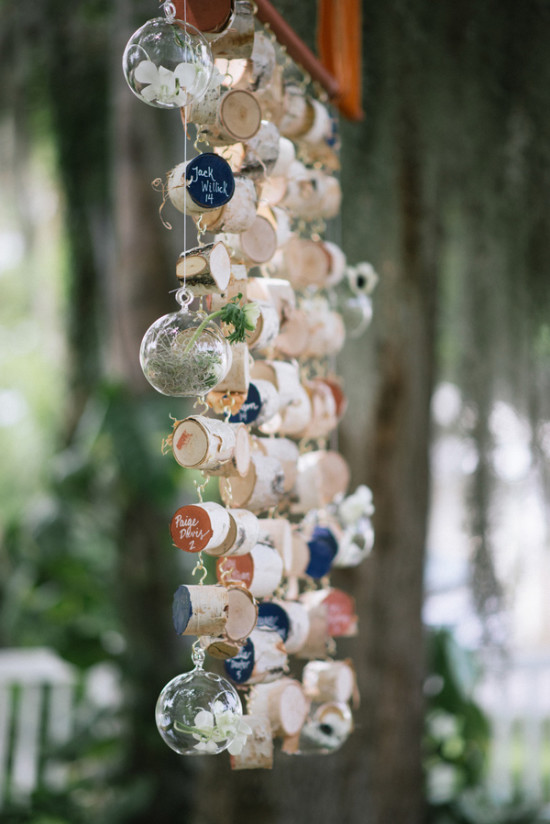 Ruffled - photo by http://www.jordanweiland.com - http://ruffledblog.com/opulent-florida-wedding-inspiration/