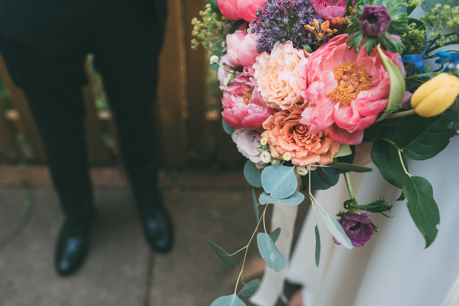 What To Do With Your Wedding Bouquet: HoneyFund Feature